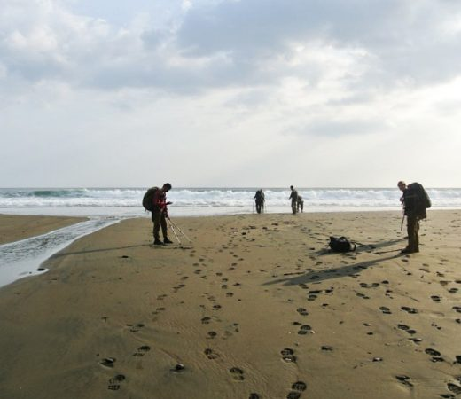 The team arrive at the beach for extraction from the Darien Gap