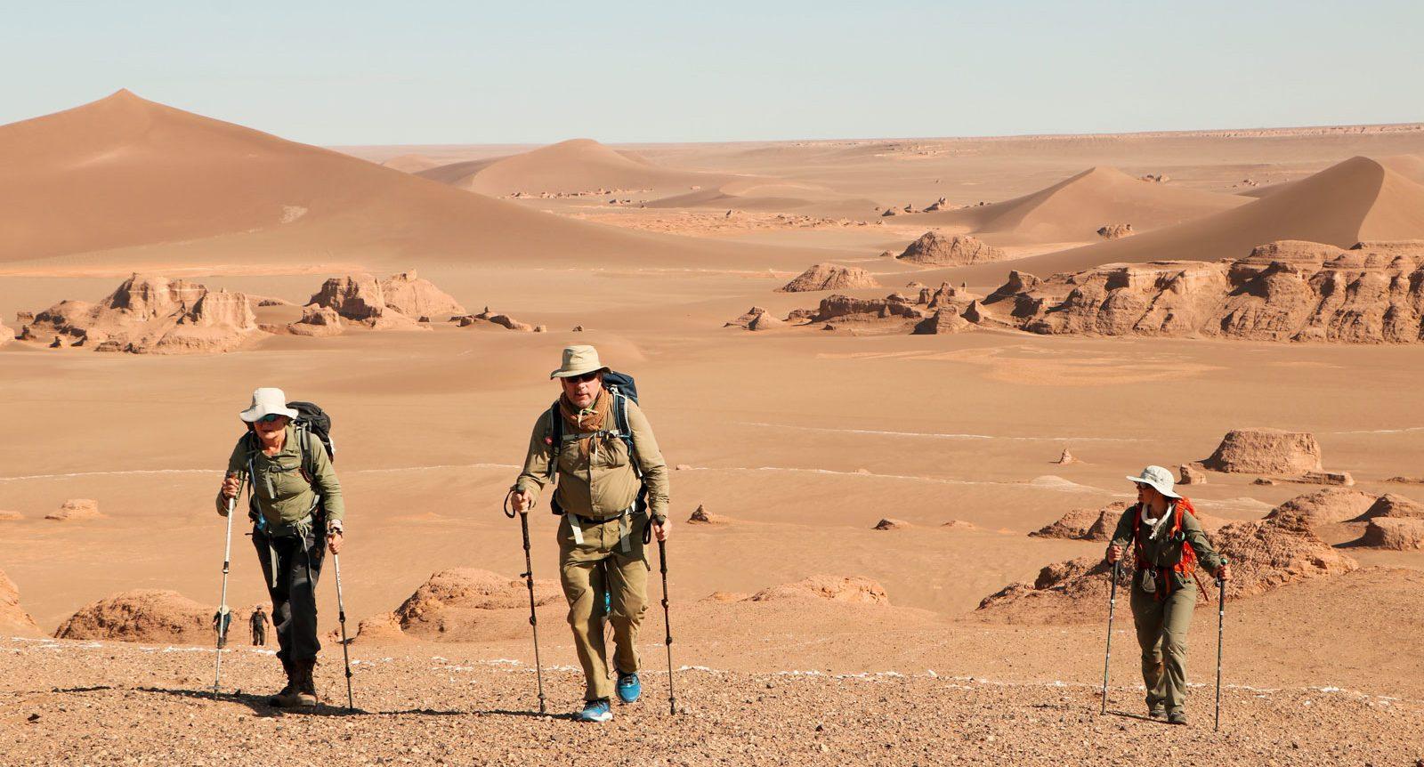 iranian-desert-trek