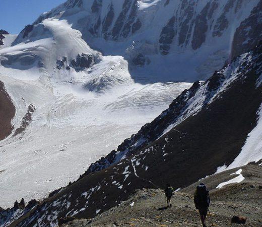 kyrgyzstan-trekking