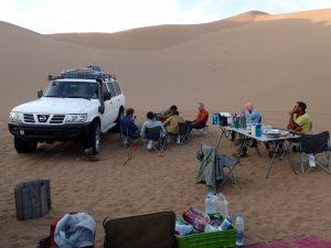 Lunch in the Lut desert
