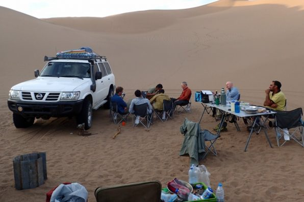 Lunch in the Lut desert
