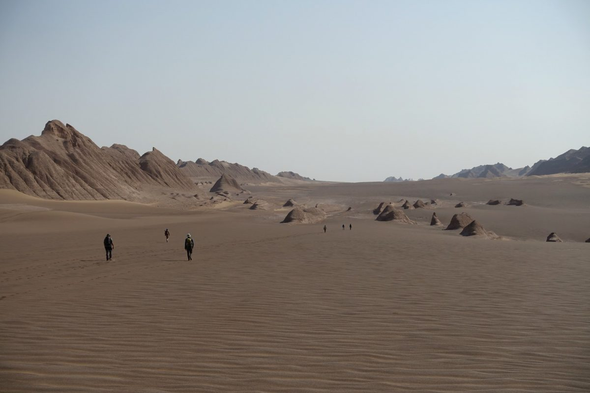 Crossing Iran's Lut desert