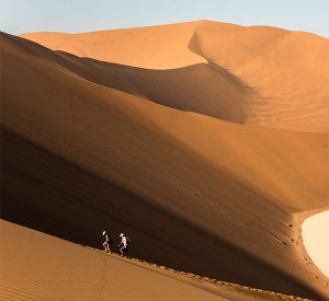 dune-trekking-namibia