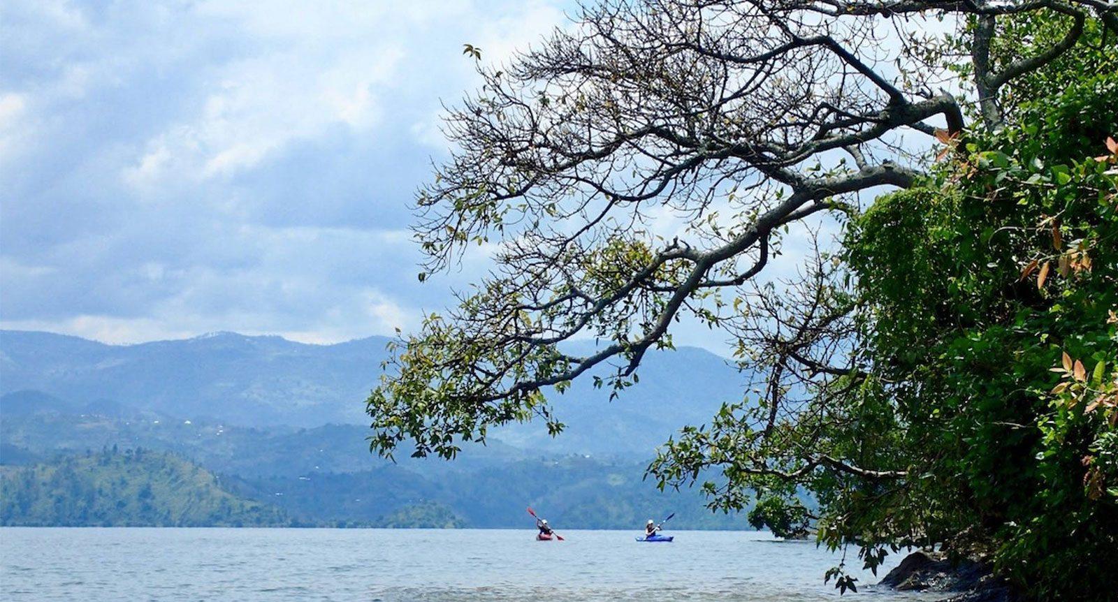 kayaking-adventure-in-rwanda