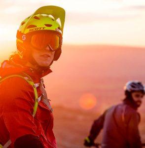 sunset-mountain-biker